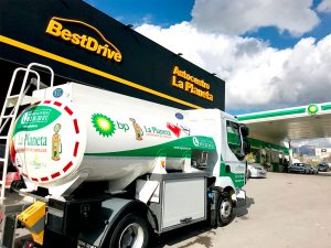 Camión de reparto de La Planeta.